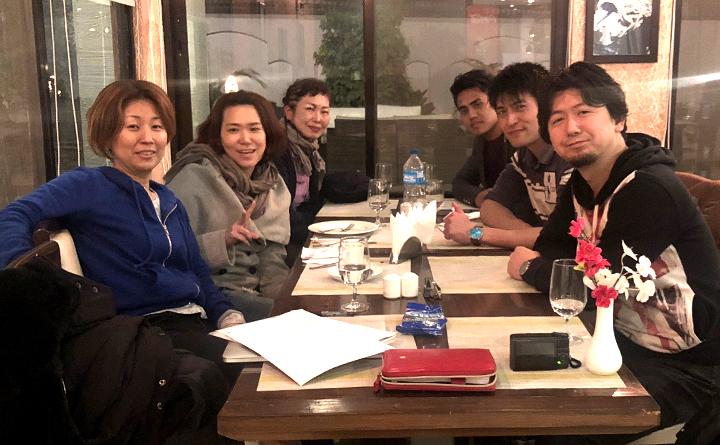 現地スタッフと日本語教師